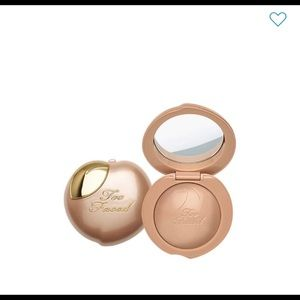 Frosted Peach - Happy Face Highlighter